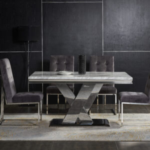 Rectangular table with 4 chairs